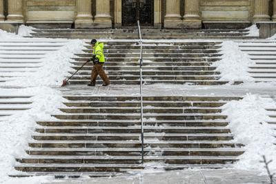 NWS: Freezing rain, sleet and snow in forecast this week