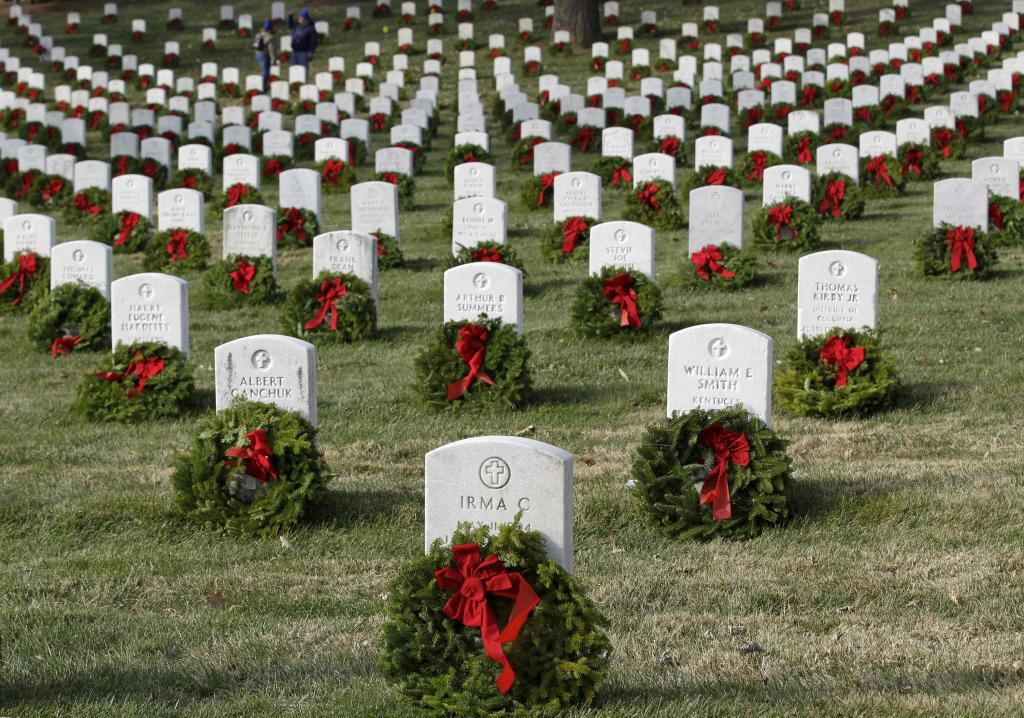 Wreaths Across America come to Old Saybrook