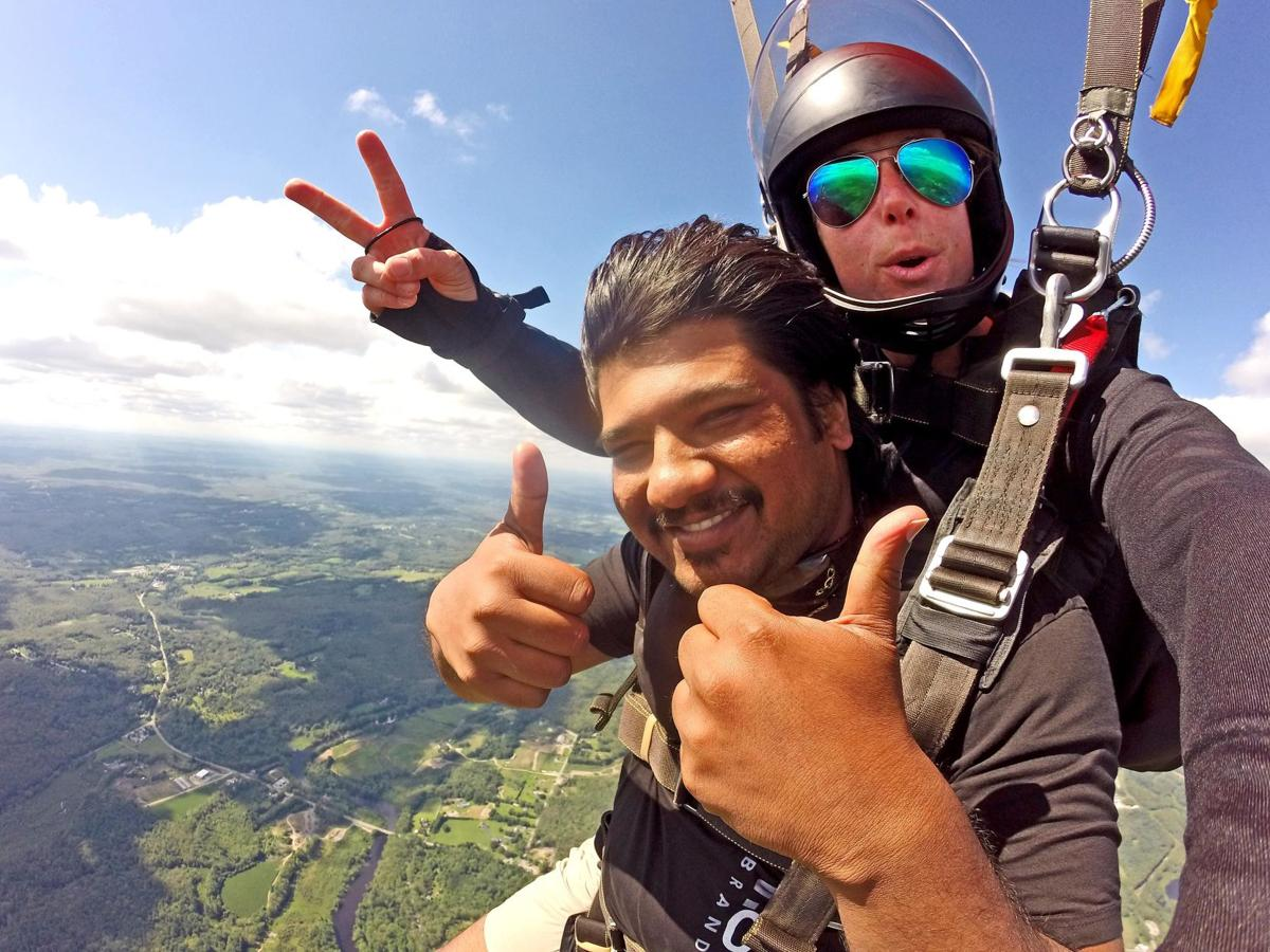 Skydiving – Do You Dare? Where to go in CT