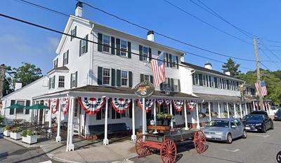 Griswold Inn cancels 350 Easter reservations after worker tests positive for COVID