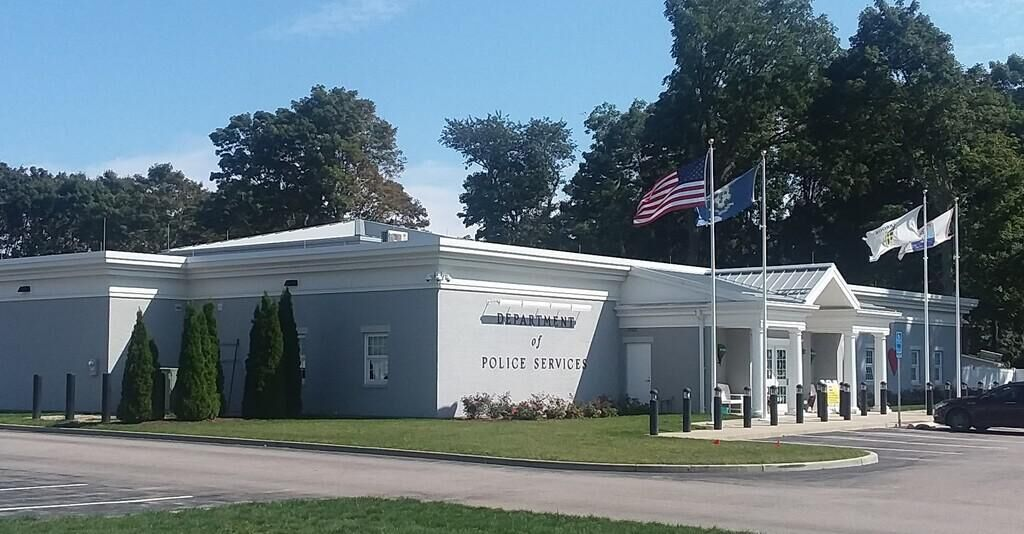 Old Saybrook residents seek more access to police board; chief remains key contact