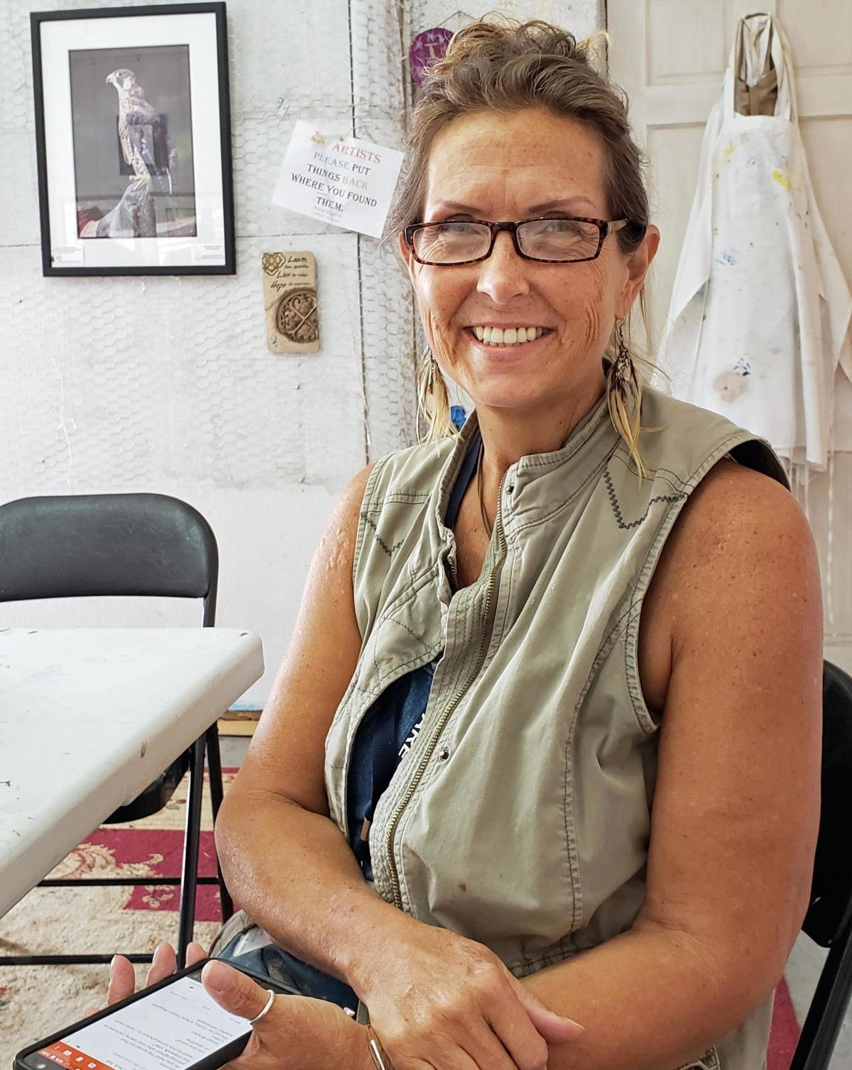 Healing effects of art: Wife's art therapy training helps couple deal with spouse's cancer