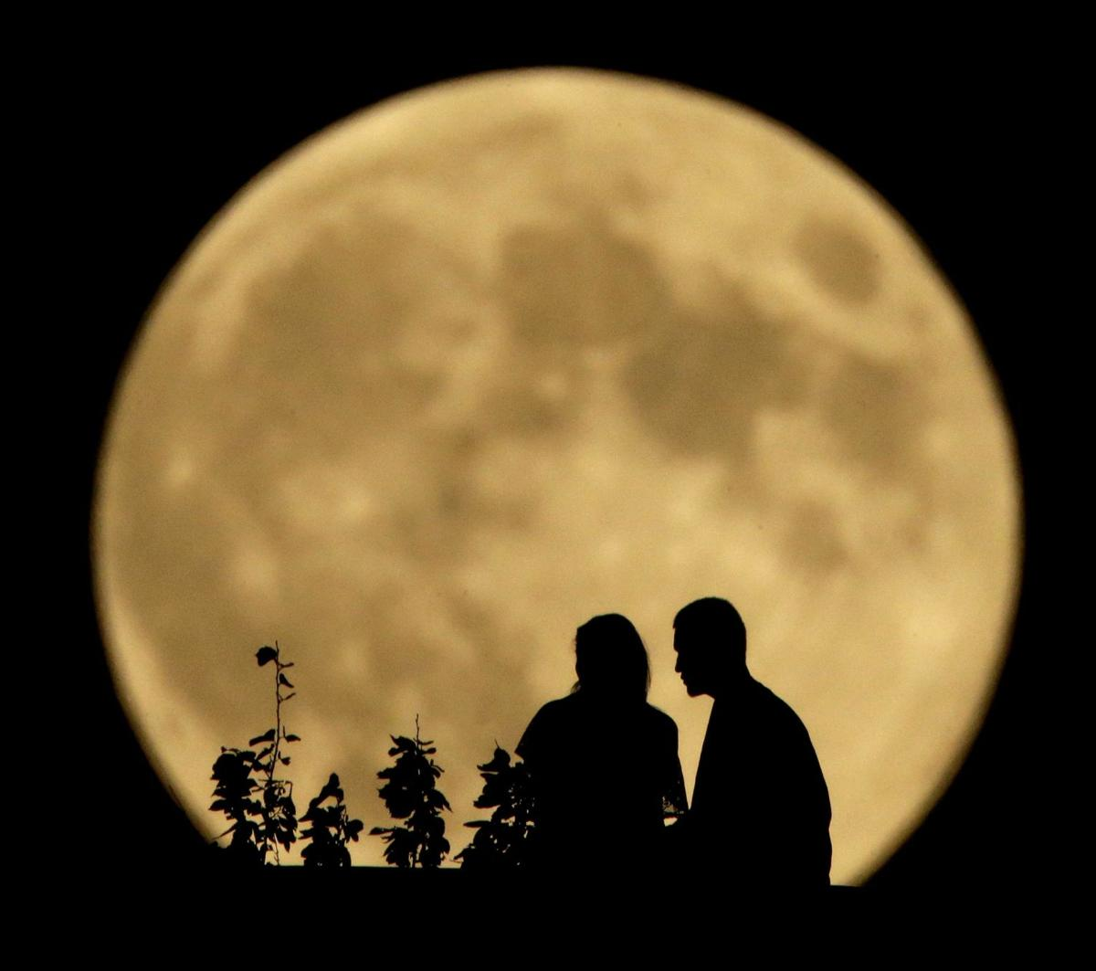 Harvest Moon rises on Friday the 13th; to shine all weekend