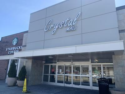 'We have a challenge on our hands': With stores closing, Waterford mall's future uncertain