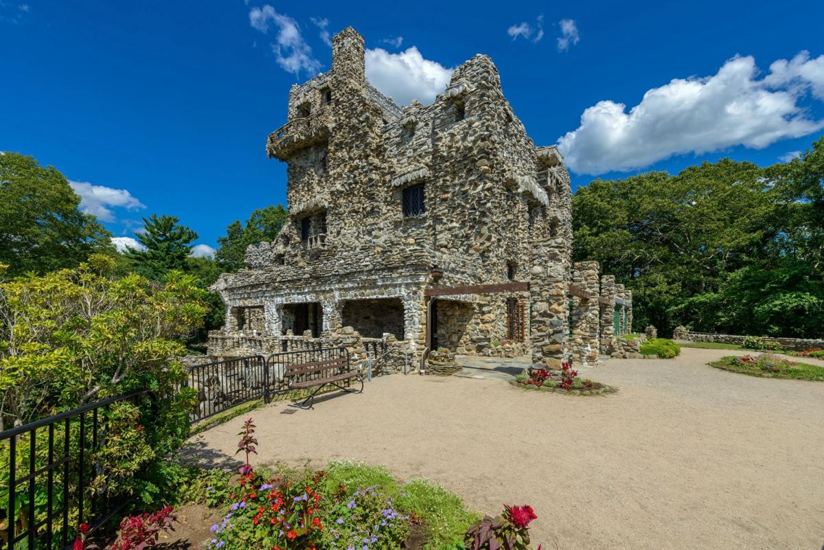 Day tripping to historic and famous homes in CT