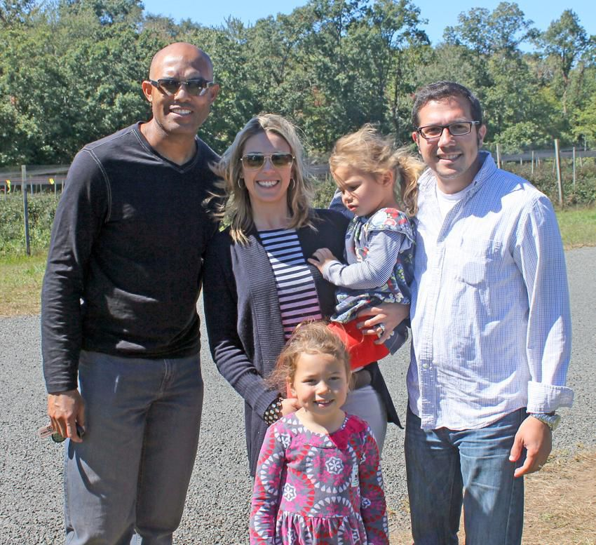 Roba Family Orchard Home: 'The Sandman' In Guilford: Yankee's Mariano Rivera Drops