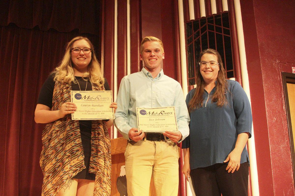 Mid-Rivers awards scholarships | Schools | sidneyherald com