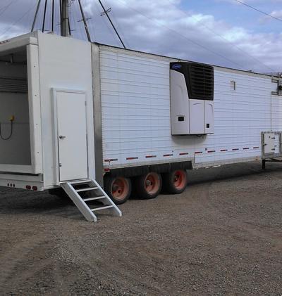 Mobile harvesting unit