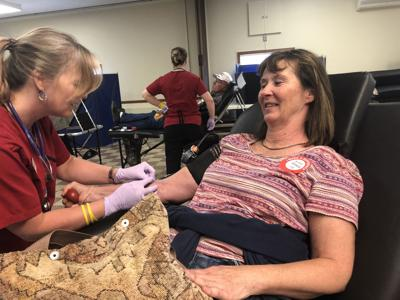 Red Cross blood drive pulls in crowd | Local News Stories
