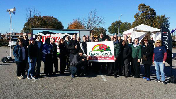Smithfield Donates to Two Local Food Banks