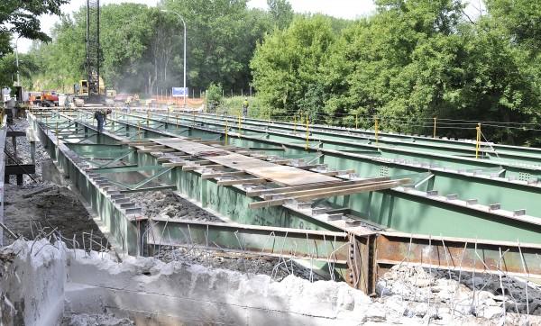 Hamilton Boulevard bridge construction