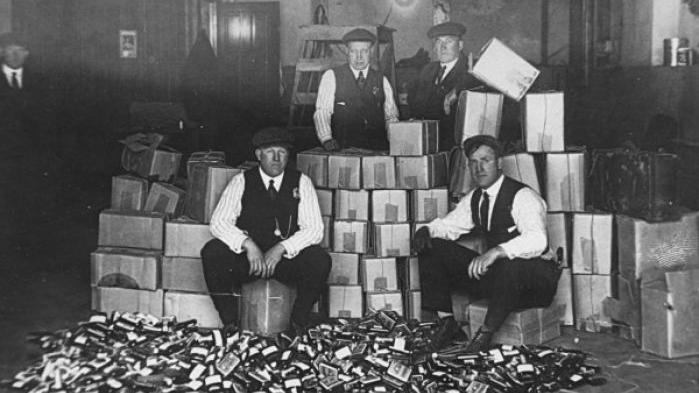 bootlegging and organized crime during the time of pohibition in the united states in the 1920s Prohibition in the united states was a nationwide constitutional ban on the production, importation, transportation, and sale of alcoholic beverages from 1920 to 1933 during the nineteenth century, alcoholism , family violence, and saloon-based political corruption prompted activists, led by pietistic protestants, to end the alcoholic beverage trade to cure the ill society and weaken the political opposition.