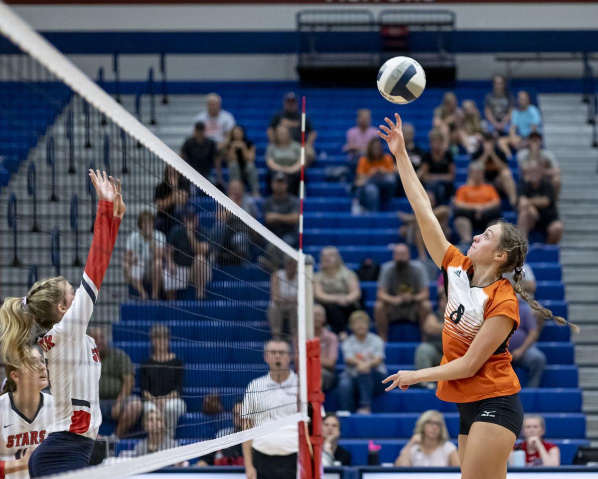 Sergeant Bluff-Luton vs North volleyball