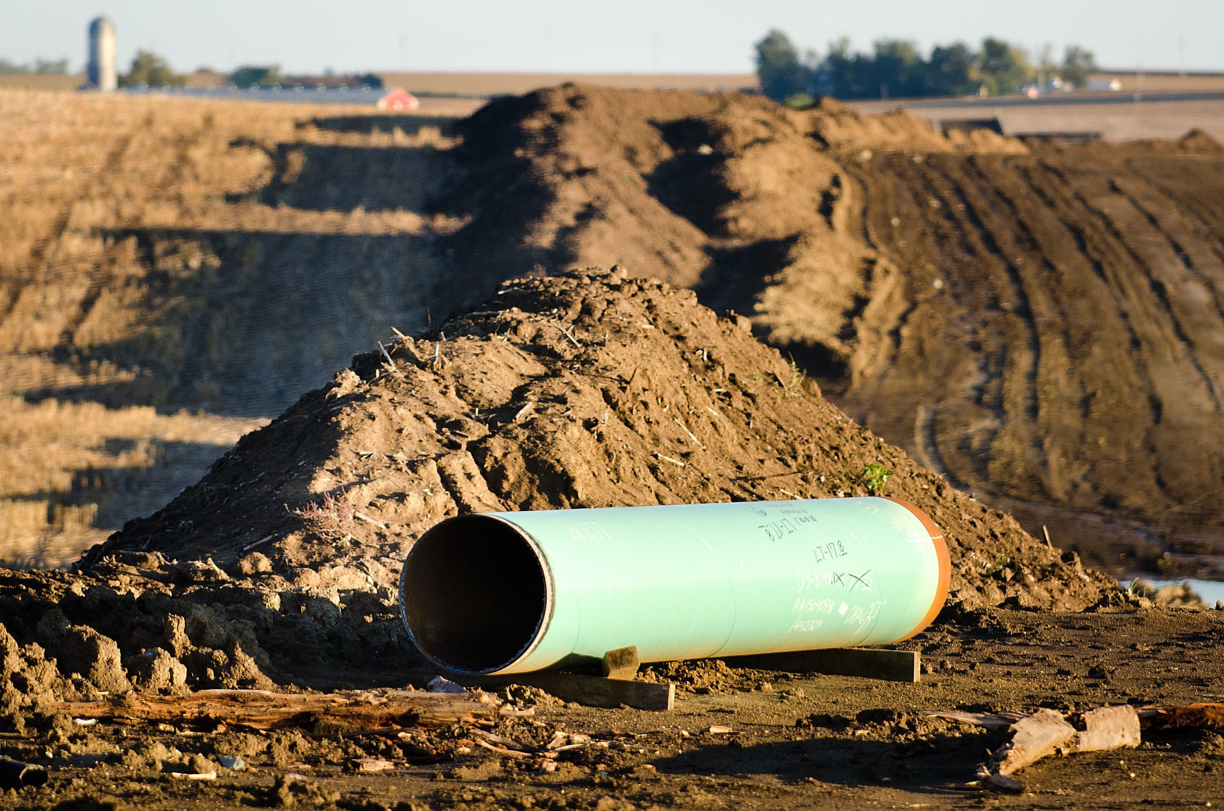 A Construction Site For The Dakota Access Pipeline Is Shown Near Hull,  Iowa, On Oct. 7, 2016. The Iowa Supreme Court Ruled Friday The Pipeline  Running ...
