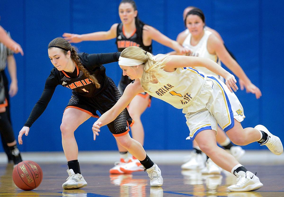 Basketball Briar Cliff vs. Jamestown