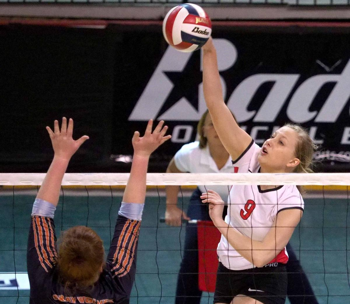 Northwestern vs Lourdes NAIA volleyball
