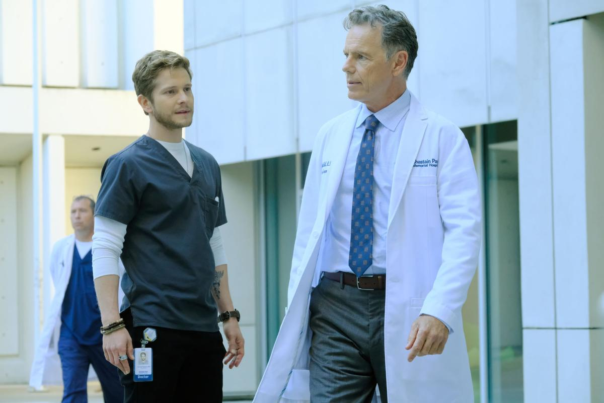 REVIEW: Hip \'Resident\' gives Matt Czuchry plenty to do | Television ...