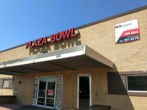 Siouxland businessmen strike deal to buy Plaza Bowl