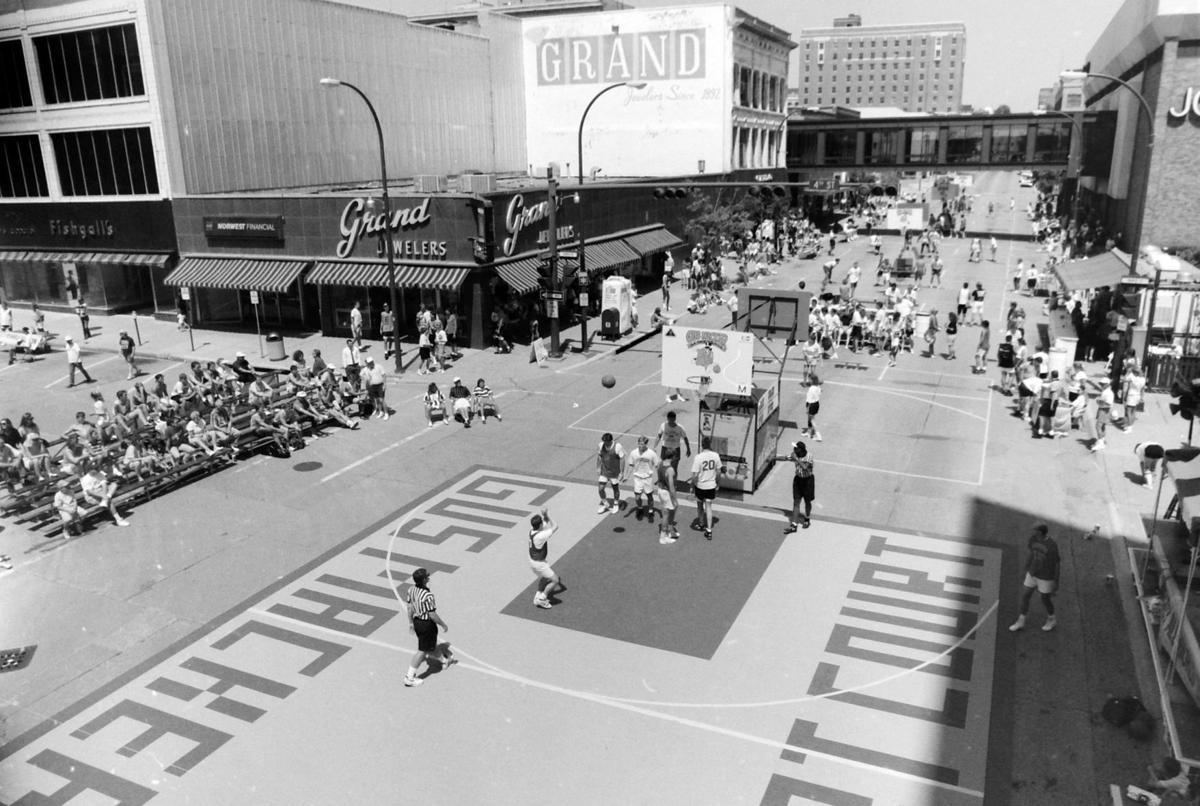 Gus Macker basketball, 1992
