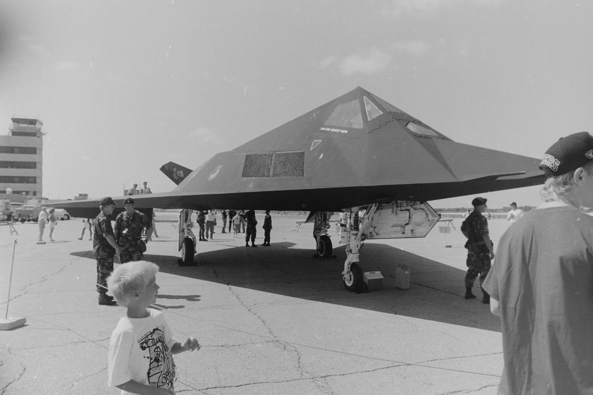 1992 stealth fighter