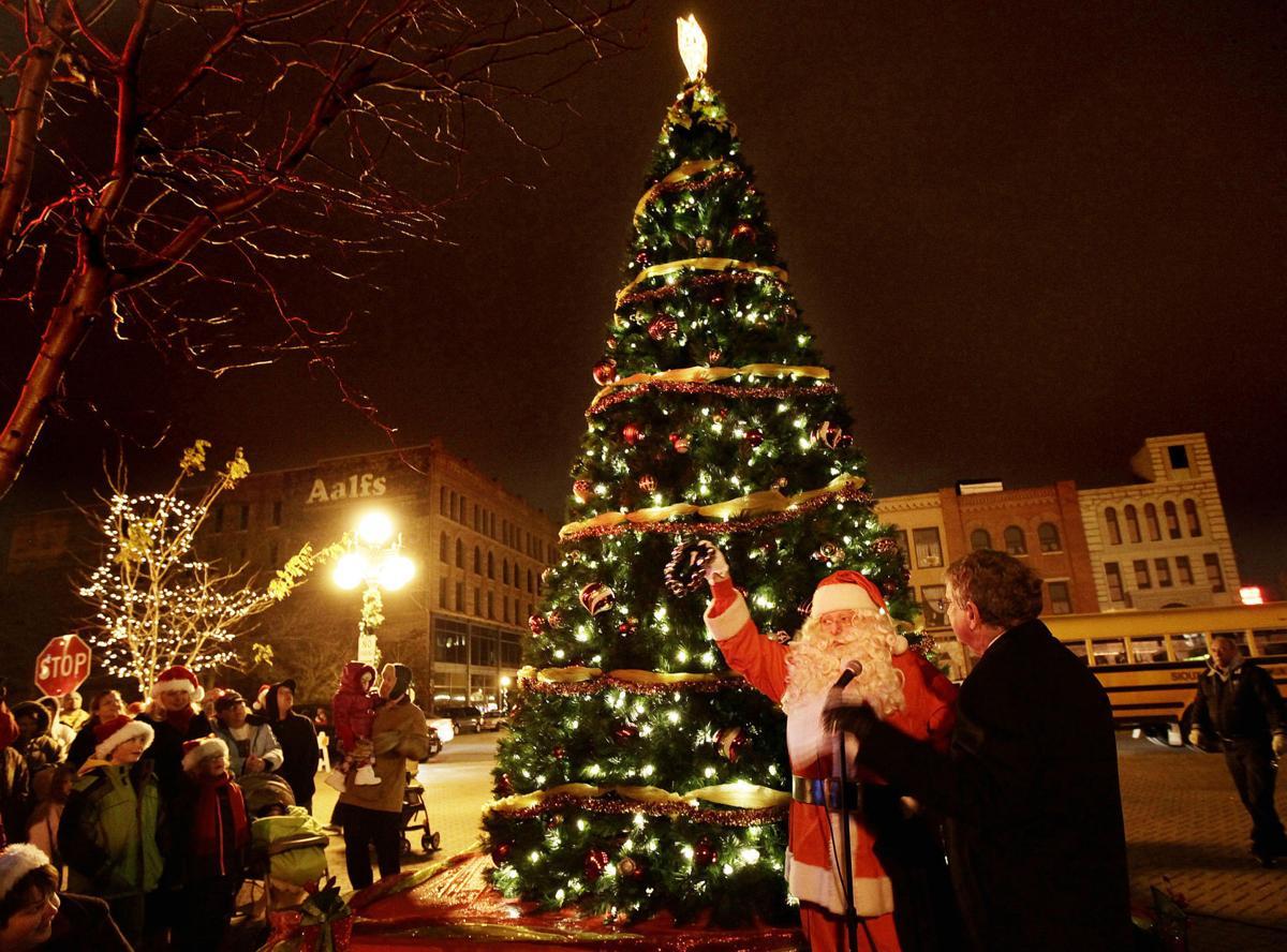 Coffee Break Santa - Downtown for the Holidays Tree Lighting