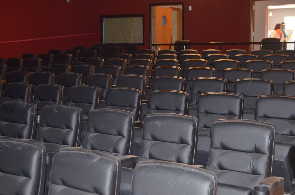 Holstein theater