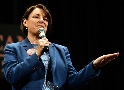 Klobuchar: Frank LaMere Native American Presidential Candidate Forum