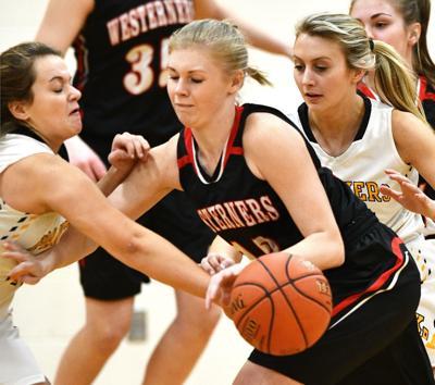 Kingsley-Pierson vs Akron-Westfield girls basketball