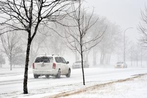 2 to 3 inches of snow, icy roads possible Wednesday morning