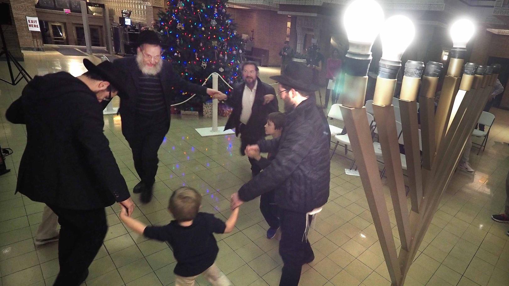 Jewish community celebrates lighting of menorah