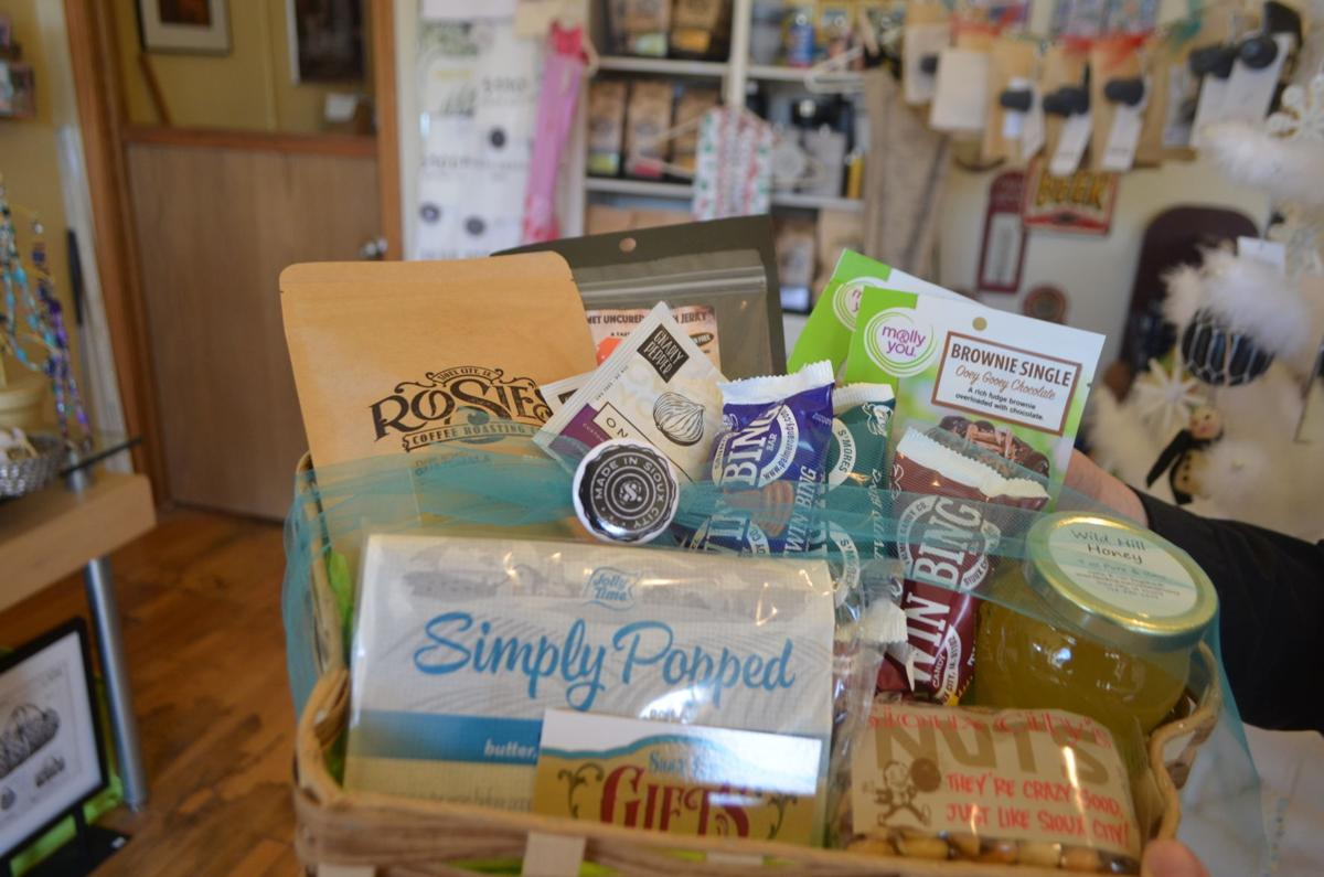 sioux city gift basket close-up