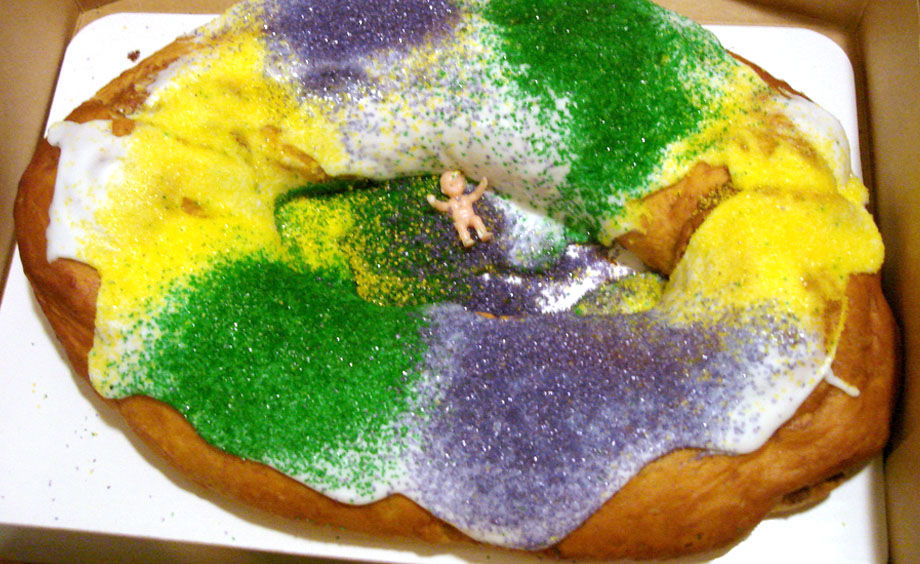 King cake with baby