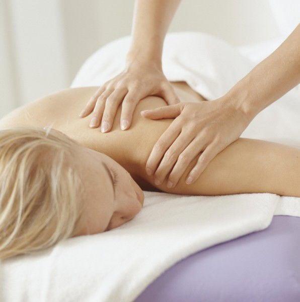WEEKENDER - Health_Massage (copy)
