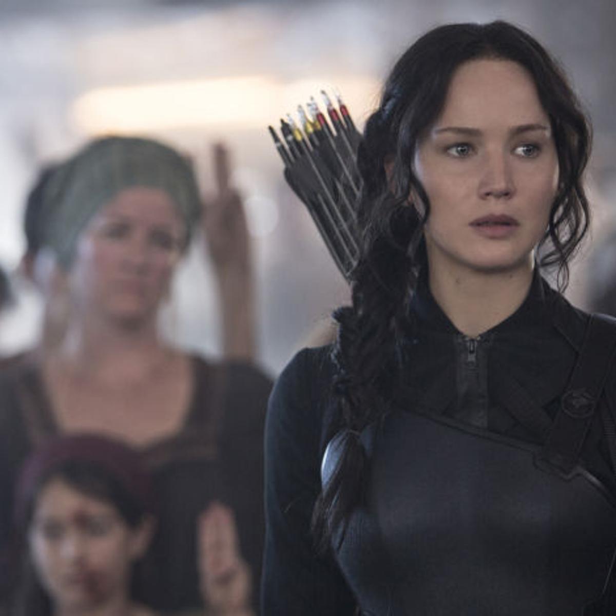 Review: 'Mockingjay' stalls 'Hunger Games,' Jennifer