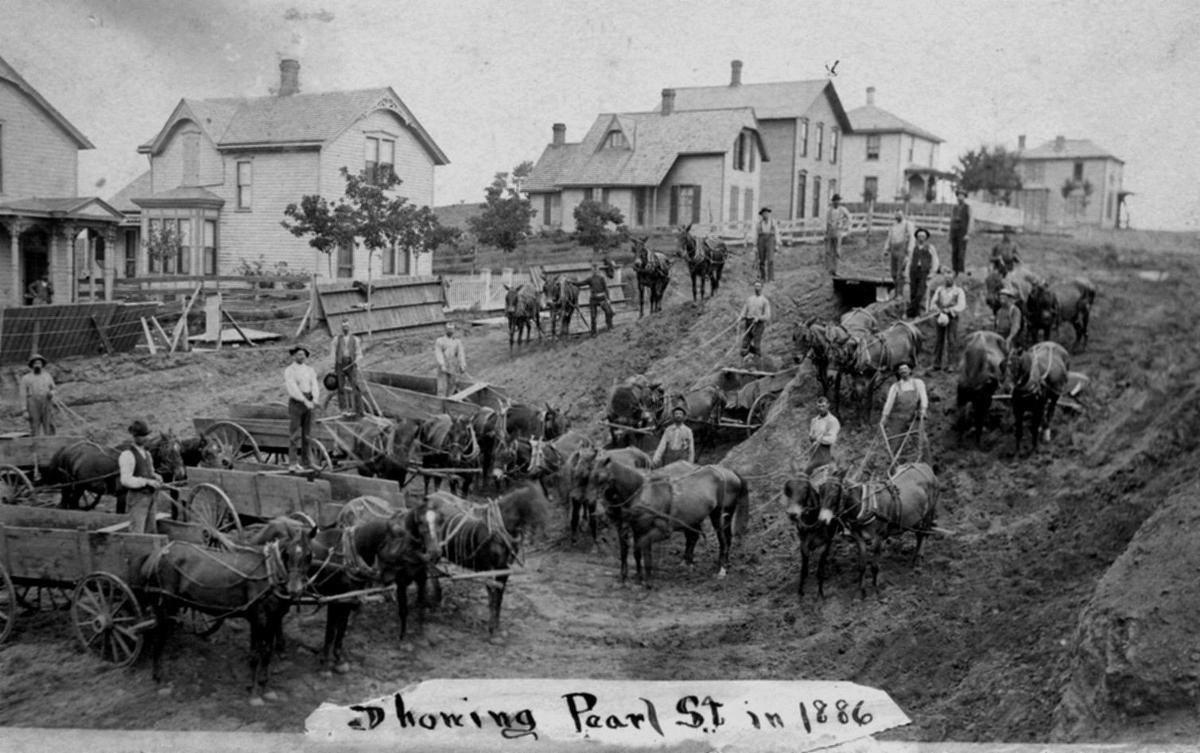 Pearl Street, 1886