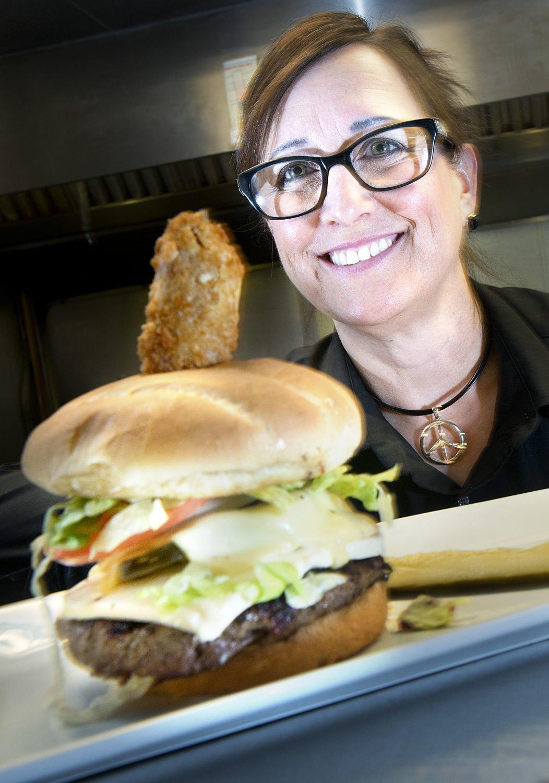 ALL-AMERICAN FOOD & BURGER: SoHo Kitchen & Bar