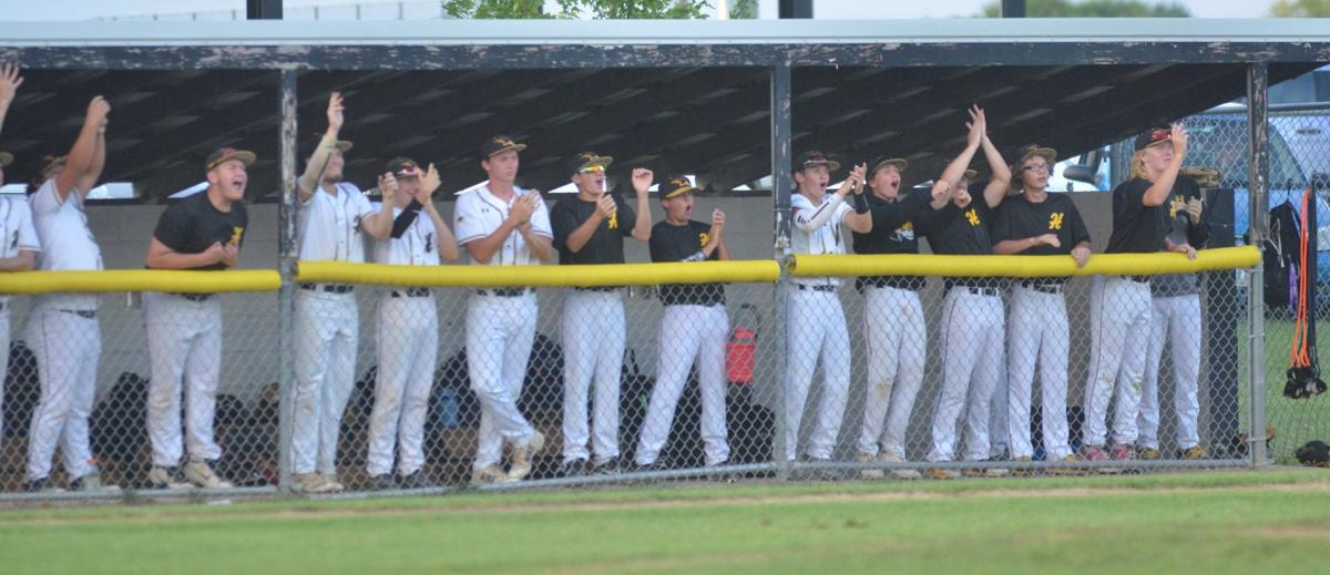 Hinton baseball knocks off Alta-Aurelia in extra-inning