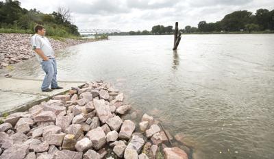 Missouri River fisheries management