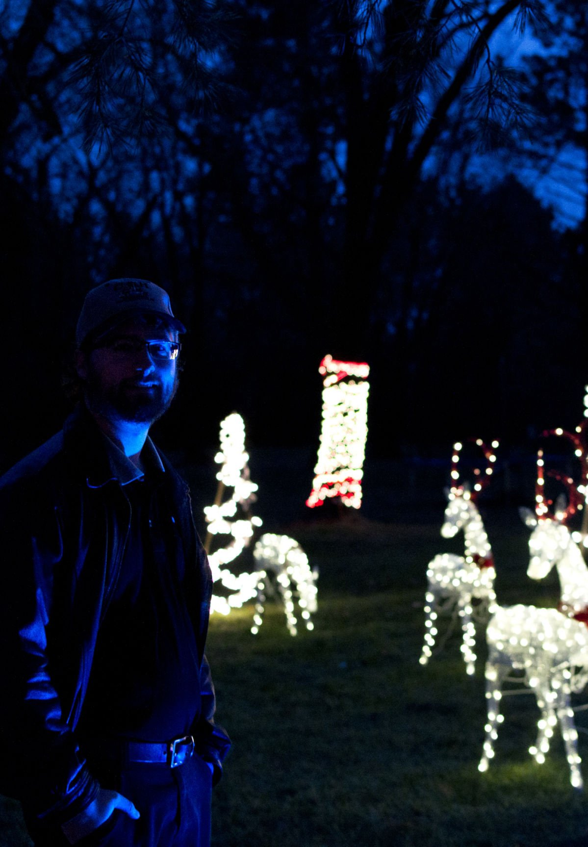 Christmas Drives 2020 Sioux City Iowa New Christmas light show brightens South Sioux City | Local