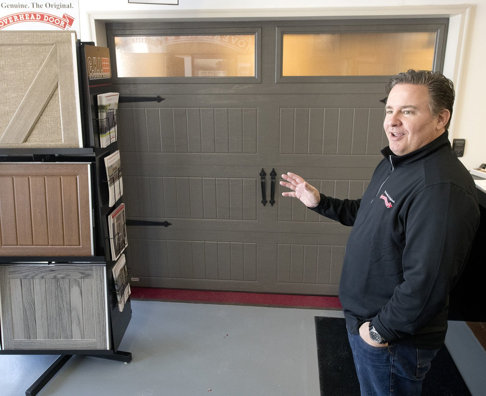 garage door trends  sc 1 st  Sioux City Journal & Spruce up your home with a modern-looking garage door | Siouxland ...