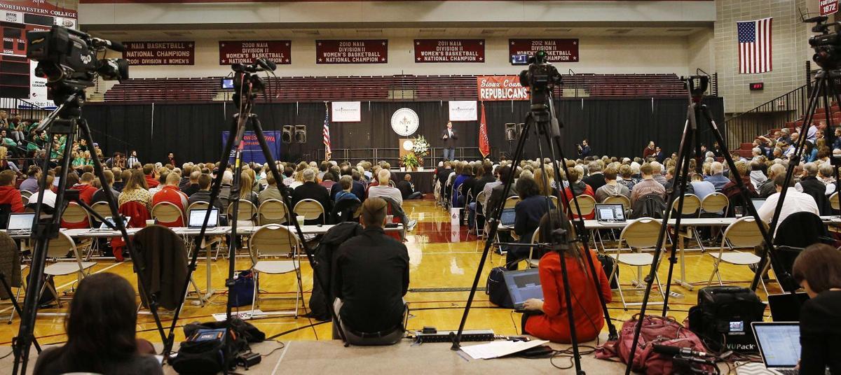 Northwestern College Republican forum