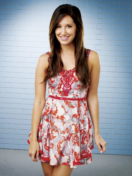 Ashley Tisdale, HELLCATS