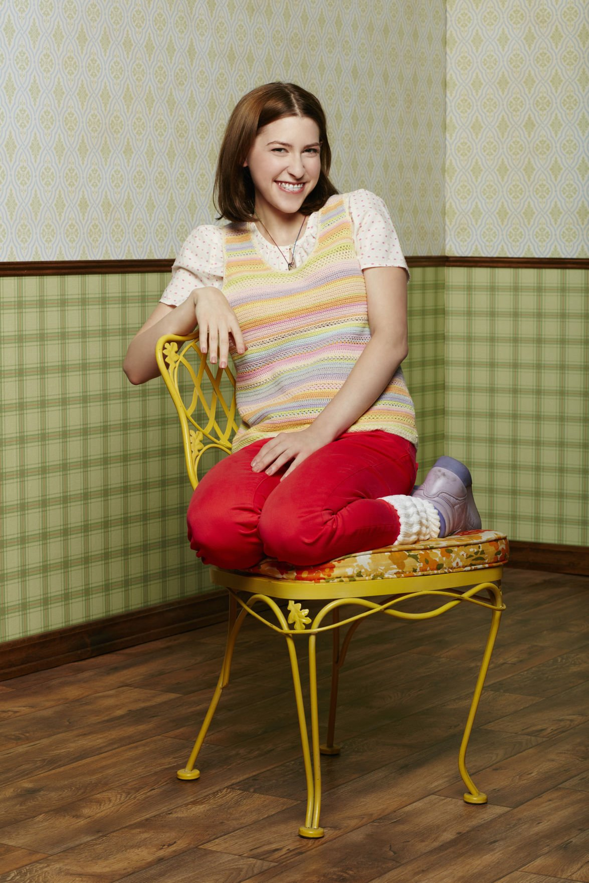 Pics photos eden sher images - Life In The Middle Is Great Say Stars Neil Flynn And Eden Sher