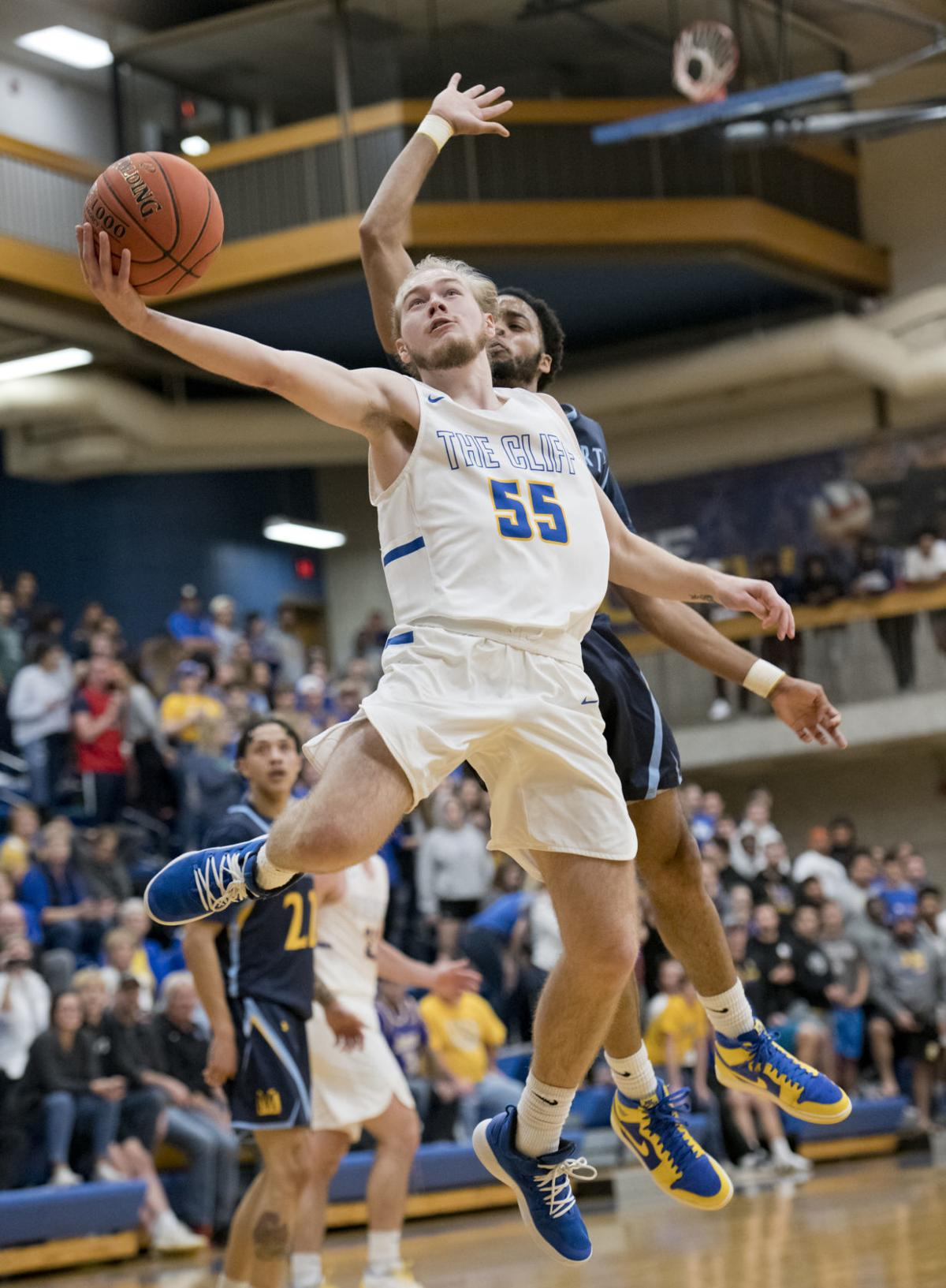 Briar Cliff hosts Mount Marty