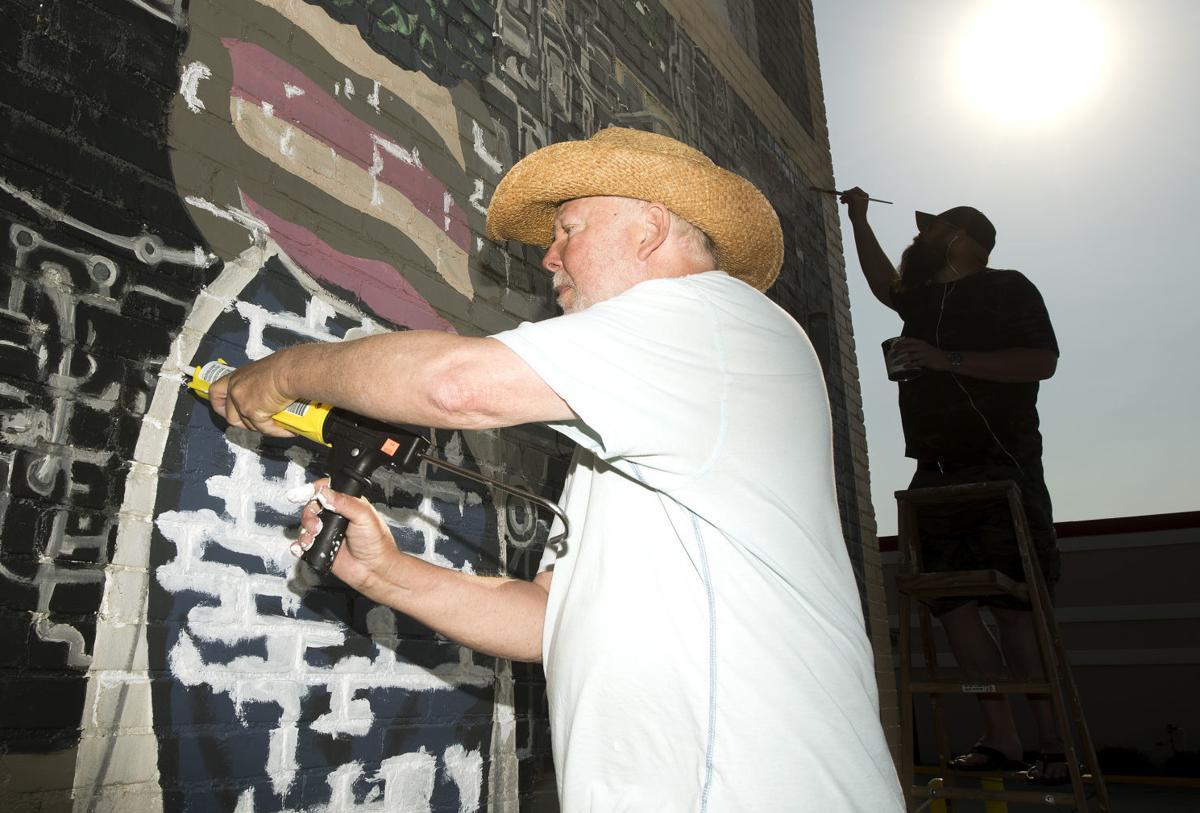 Rockin mural restoration