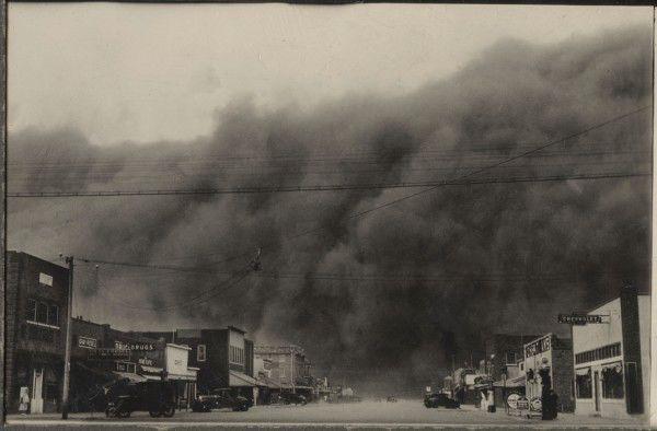 The Dust Bowl: Dark Day in Ulysses, Kansas