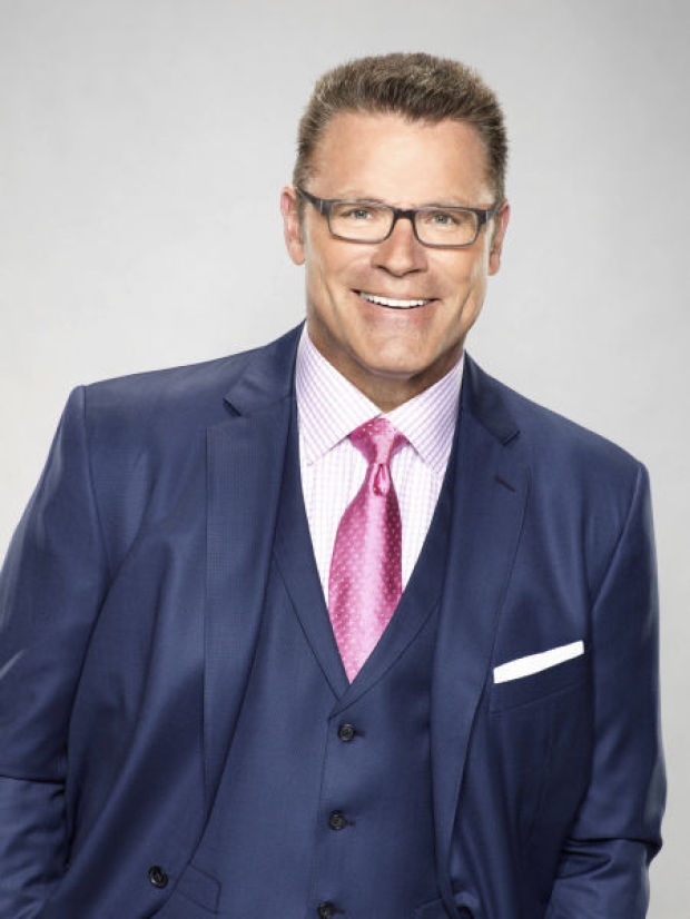 Howie Long says it's not easy being a football dad