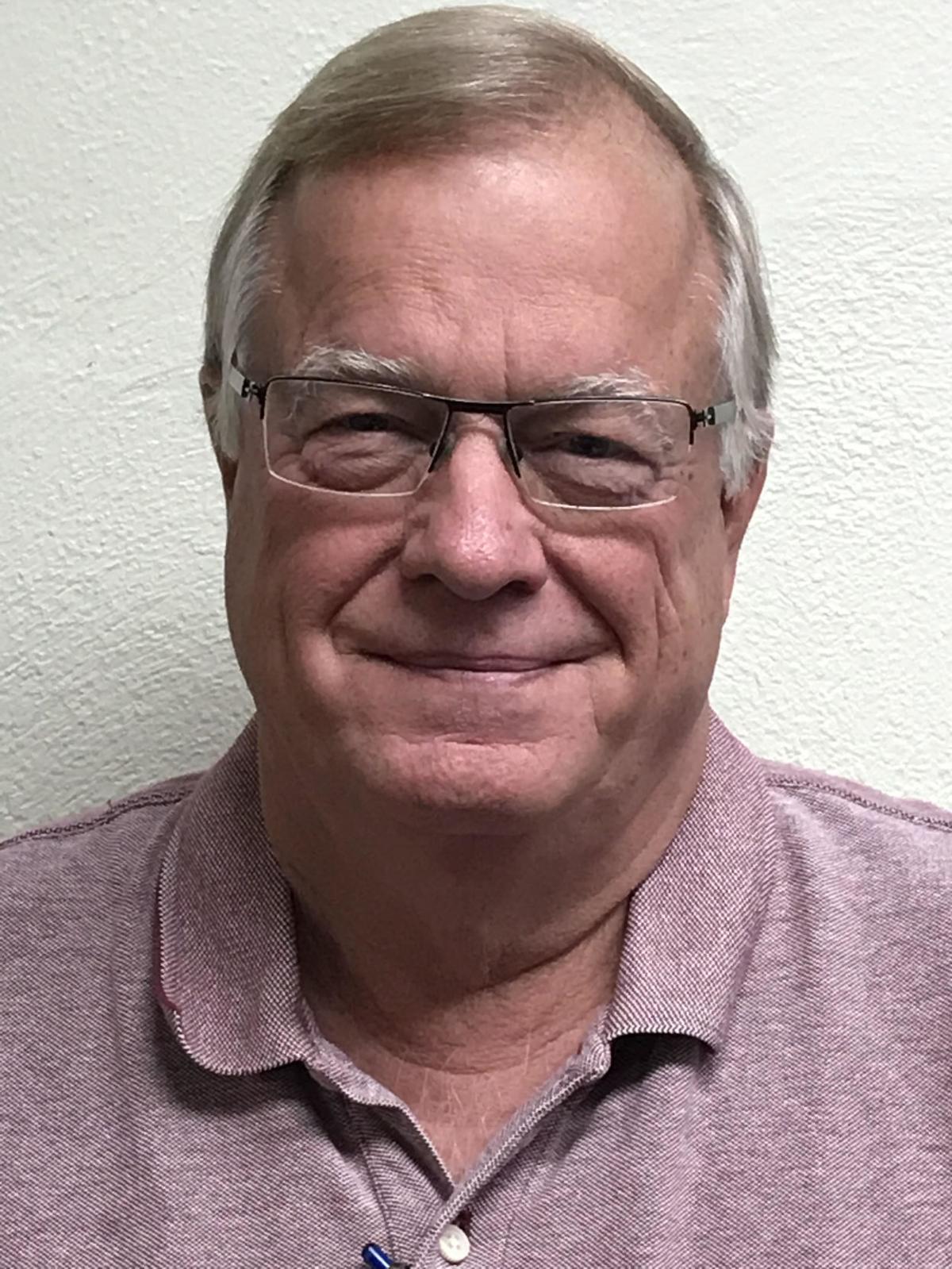 Dennis Butler head shot 2019 (USE!)