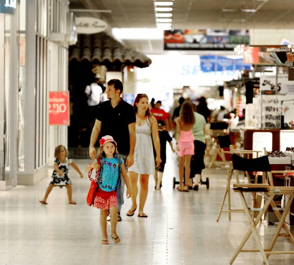 Southern Hills Mall shoppers