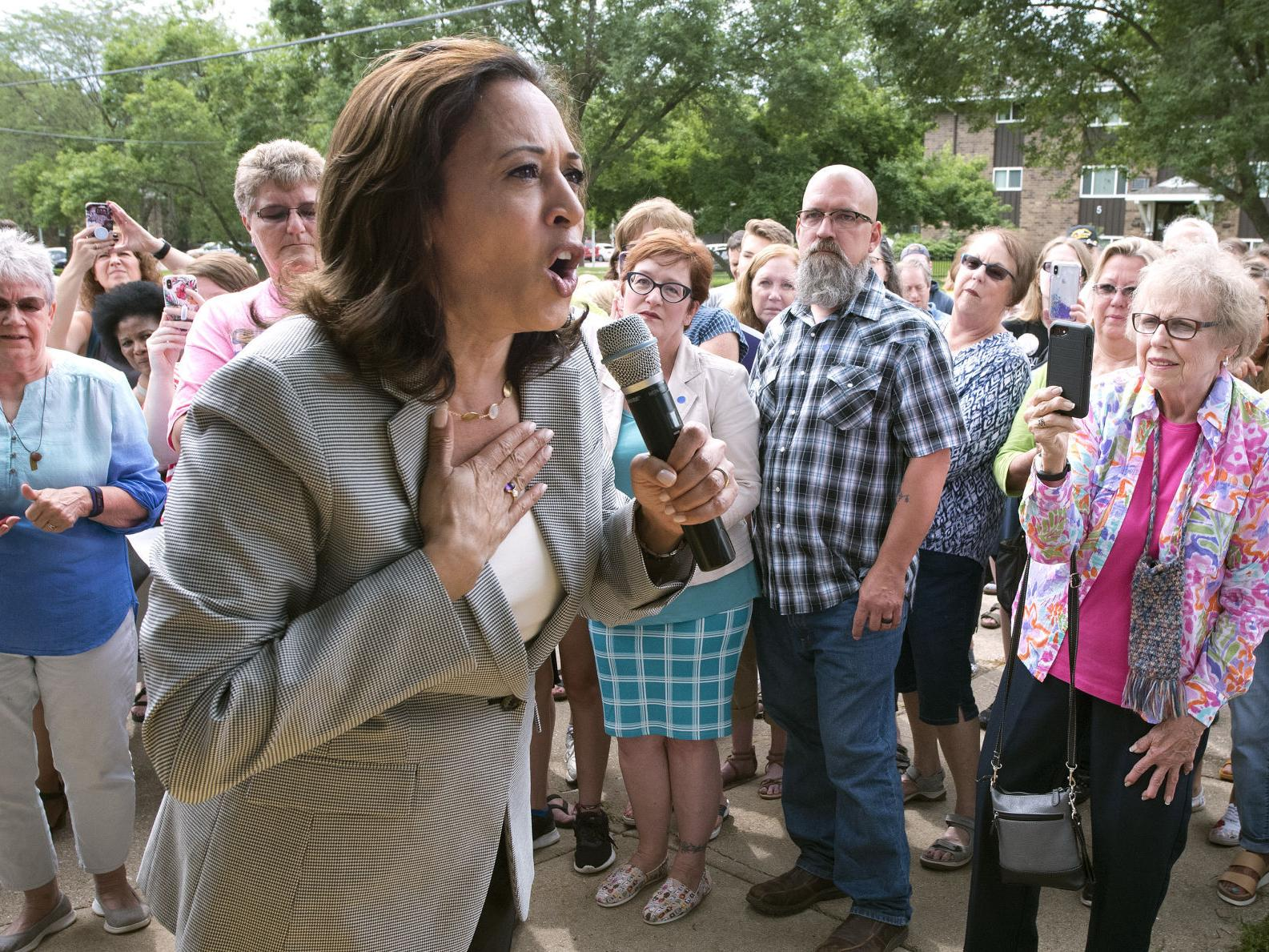 Kamala Harris In Sioux City For First Time People Are Woke Ready To Oust Trump Government And Politics Siouxcityjournal Com